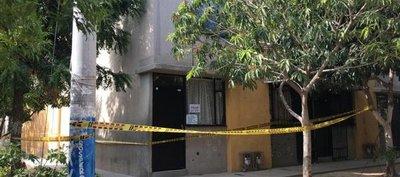 Colombia: No quería morir en cuidados intensivos como siete de sus familiares, se encerró en su casa y murió de covid