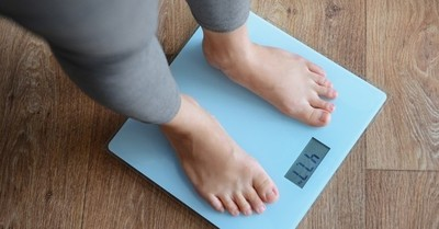 La sencilla rutina que debes repetir a diario para bajar de peso