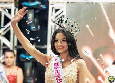 Una luqueña es la nueva Miss Adolescente Paraguay •