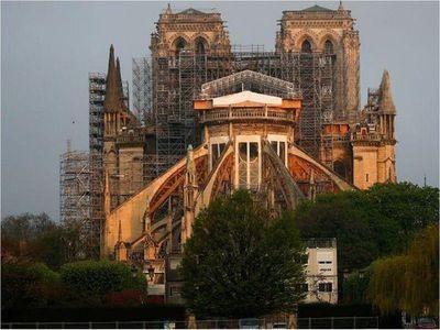 Notre Dame avanza hacia su reconstrucción dos años después