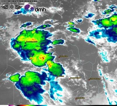 Activen alerta por tormentas para cinco departamentos