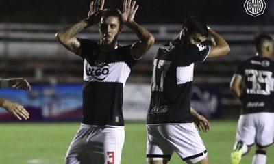 Olimpia se impone en el Parque antes de su debut en Libertadores