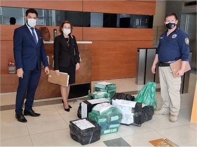 Fiscalía incauta documentos en investigación de empresas de maletín