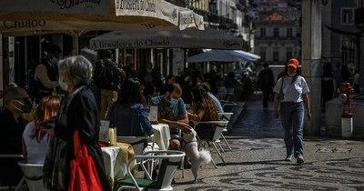 La Nación / Portugal levanta la suspensión de vuelos con R. Unido y Brasil
