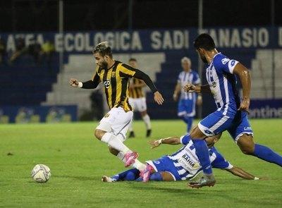 Emotivo empate en Itauguá entre 12 de Octubre y Guaraní