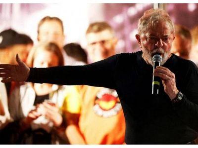 Lula ya lidera encuesta para 2022 tras recuperar derechos