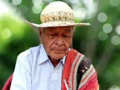 Don Severo Flores, arakua iya (dueño de la sabiduría)