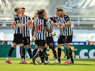 Newcastle se llevó los 3 puntos en la visita del West Ham