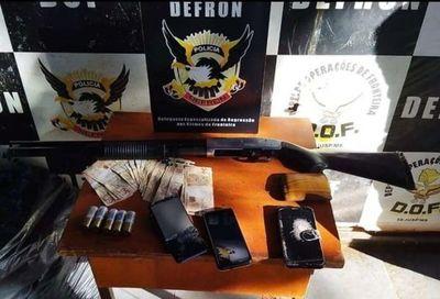 Guardiacárcel pedrojuanino y otros dos caen con carga de marihuana en Ponta Porã