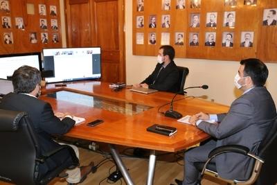 Ministro de Hacienda reafirma compromiso de retornar a una senda fiscal sostenible