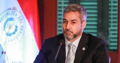 La Nación / Abdo Benítez promulgó ley de cobertura total de internaciones por COVID-19 en UTI