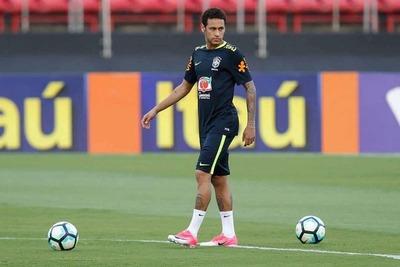 Neymar abandonaría sus pretensiones de emigrar de la Liga Francesa