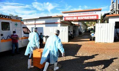 Itaipu entrega alimentos a pacientes y a personal de blanco del Pabellón de Contingencia de CDE