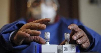 La Nación / Bolivia prevé una escasez mundial de vacunas por tres o cuatro meses