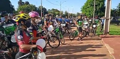 Ciclistas también se movilizan en en Este para exigir seguridad