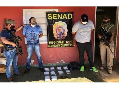 Dos detenidos con cocaína en lavadero