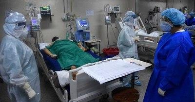 """La Nación / Dr. Morínigo: """"Por día mueren 3 a 4 personas"""""""