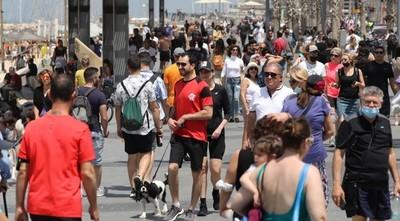 ISRAEL SE QUITA LA MASCARILLA AL AIRE LIBRE EN OTRO PASO MÁS HACIA NORMALIDAD