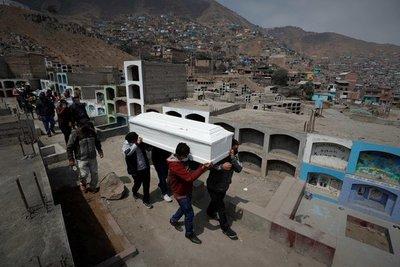 Perú superó por primera vez las 400 muertes por COVID-19 en 24 horas