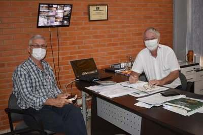 Intendente expresó su preocupación sobre leyes de contratación de personal de salud