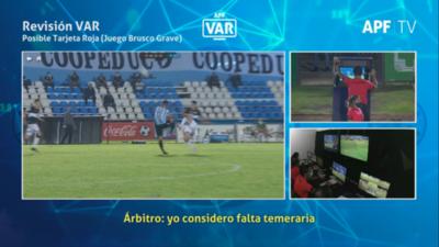 'Rechaza y es inevitable el contacto', así vio el VAR la acción de Saúl Salcedo