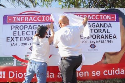 Retiran propaganda electoral extemporánea en Asunción