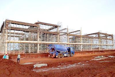 Un total de cuatro grandes fábricas se instalan en la zona industrial de Hernandarias