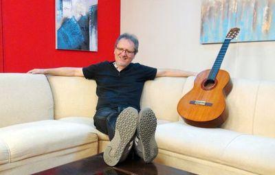 Augusto Barreto celebra la vida a través de una canción