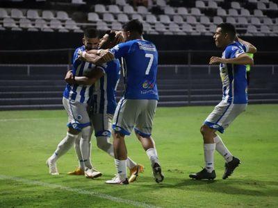"""El """"12"""" recibe a Rosario Central en Villa Elisa"""