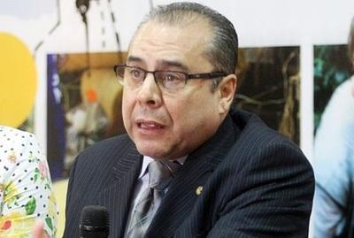 Luis Escoto se fue de Paraguay