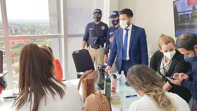 """""""Tenemos sospechas sobre ciertas personas"""", dice fiscal sobre esquema de robo de medicamentos del IPS y Ministerio de Salud"""