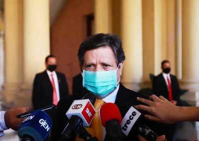 Pese al retiro de Escoto, la OMS debe reivindicarse enviando las vacunas a Paraguay, dice canciller
