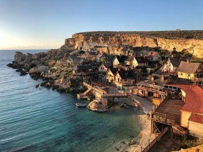 Isla paradisíaca en Europa pagará a los turistas que se alojen en sus hoteles