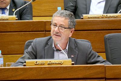 """Diputado Kennedy afirma que """"pedido de prorrogar elecciones no va a correr"""" y hay dictamen de rechazo en Comisión Constitucional"""