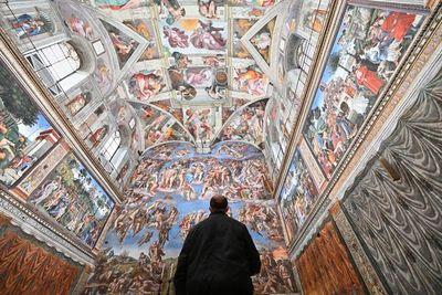 ¿Qué secretos guardan los famosos Museos Vaticanos?
