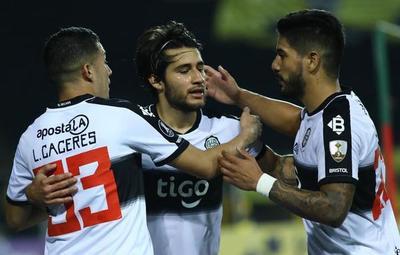 Libertadores: Táchira derrotó al Decano en su debut