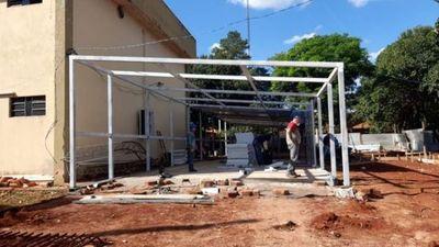 Avanza construcción de nuevo pabellón de contingencia