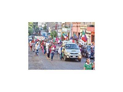 Campesinos preparan una nueva movilización en Asunción