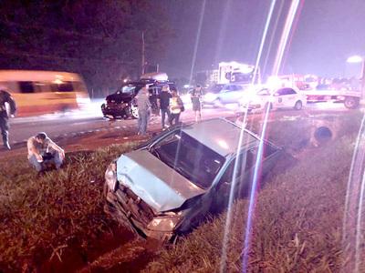 Funcionario de la ANDE provoca grave accidente sobre Ruta PY02