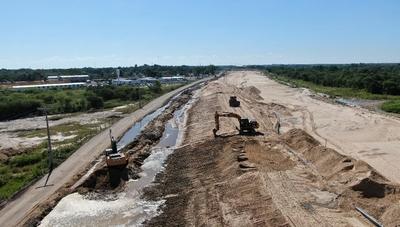 Refulado avanza en un 80% en la zona del futuro Puente Héroes del Chaco