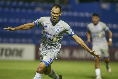 Estratégico triunfo de 12 de Octubre en Copa Sudamericana