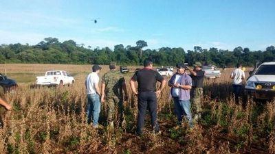 Dos uniformados del GEO son heridos de bala en Campos Morombí