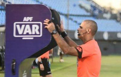 Eber Aquino y otros cinco, los árbitros paraguayos en la Copa América