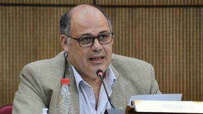 "Senador presenta pedido de informe sobre construcción de la ""Pasarela de Ñanduti"""