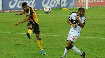 Edwar López: Sin asistencias ni goles y 54 pelotas perdidas en 8 partidos
