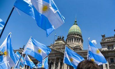 Argentina: Sigue prohibido despedir personal