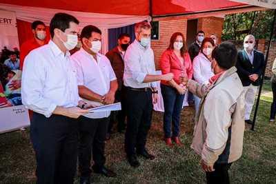 Gobierno entregó títulos de propiedad e inauguró sede del Indert en Canindeyú