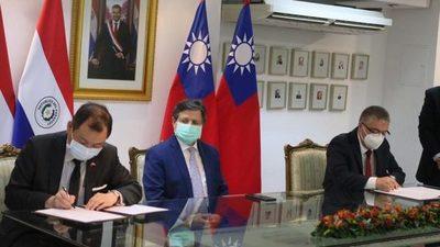 Taiwán realiza primer desembolso para compra de vacunas anticovid