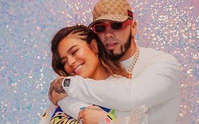 Karol G y Anuel AA anunciaron el fin de su relación sentimental