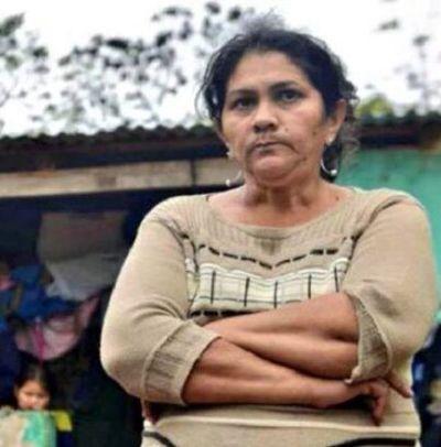 Madre de policía secuestrado por EPP rechaza pensión otorgada por el Congreso